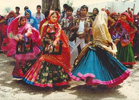 garasia-tribal-dancedanta-gujarat